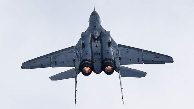 Потенциал на пятёрку: какими боевыми возможностями обладает истребитель МиГ-35