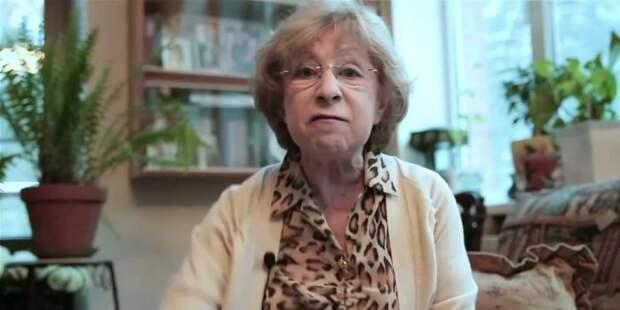 Ахеджакова рассказала о благодарных ей украинцах, выбегающих на сцену