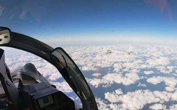 «Наши бомбардировщики отстают»: в Китае раскритиковали совместное с РФ боевое патрулирование