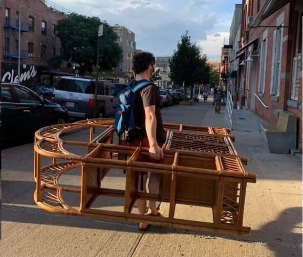 22 примера, как одни люди выбрасывают, адругие— находят сокровища прямо посреди улицы