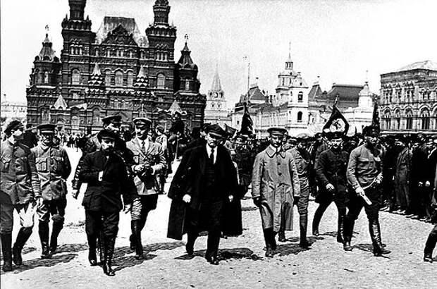 Обвиняемый - Ленин