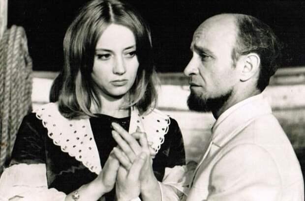 Кадр из фильма *Бегущая по волнам*, 1967 | Фото: kino-teatr.ru