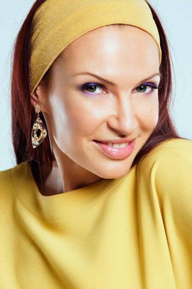 Эвелина Блёданс: юная и стройная в 50 лет