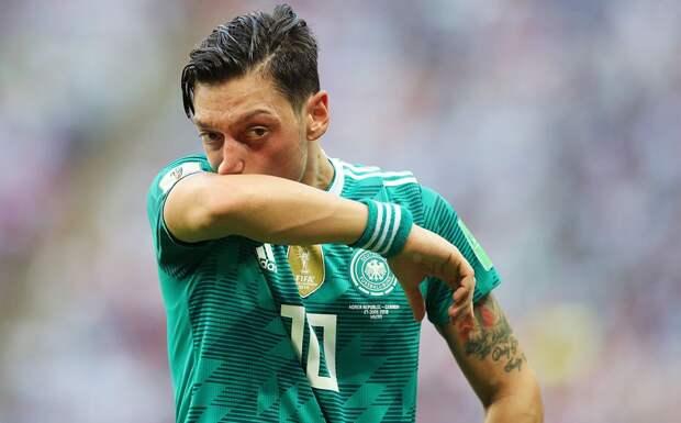 «Без шансов». Озил исключил возвращение в сборную Германии или Бундеслигу