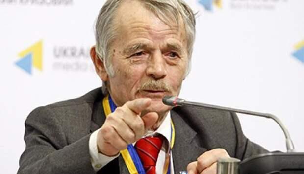 Звезды подсказали: Джемелев предсказал отставку Путина, распад России и возврат Крыма на Украину