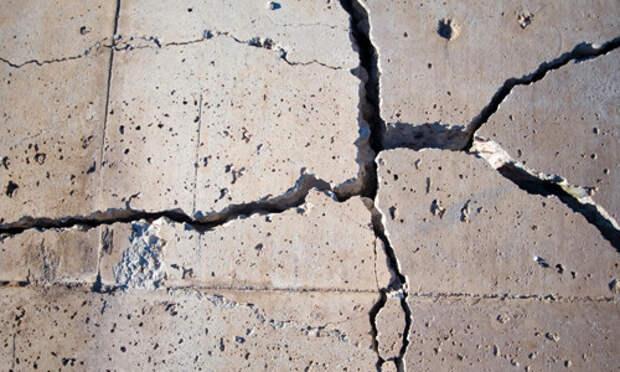 Трещины в стяжке пола — как устранить трещины и повреждения