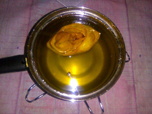Хворост в медово-сахарном сиропе.