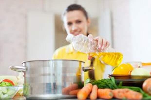 Уменьшаем калорийность. Как использовать минимум растительного масла