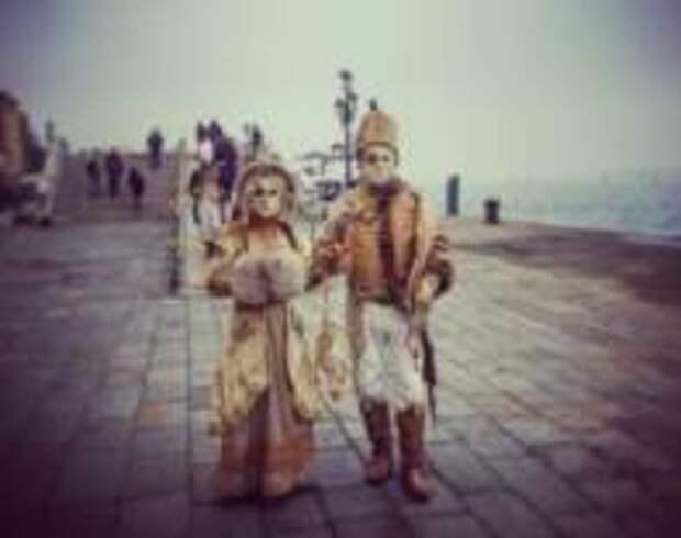 Карнавал в Венеции проходит без туристов