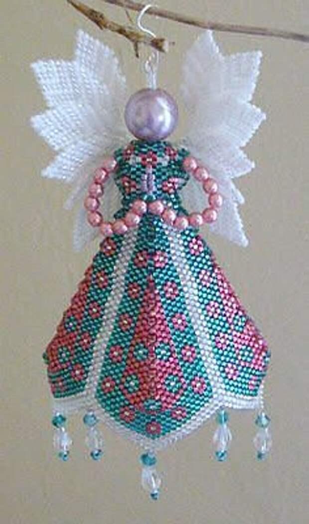 Рождественская красота из бисера и бусин. С наступающим праздником всех рукодельниц!