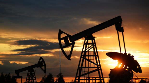 Праздник нефти: баррель прогнозируют по 65 долларов уже к середине года