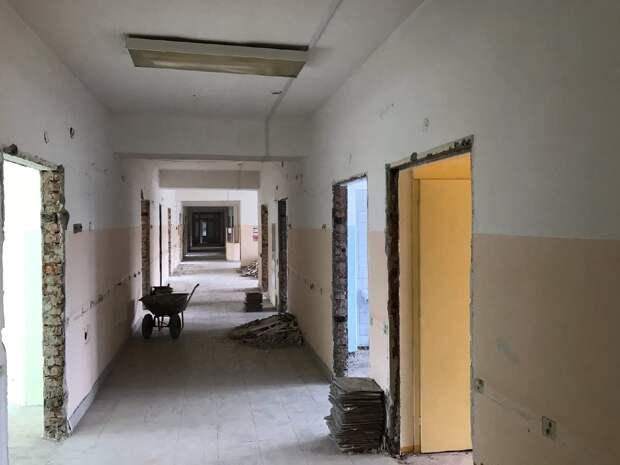Капитальный ремонт в отделениях Глазовской больницы планируют закончить до конца октября