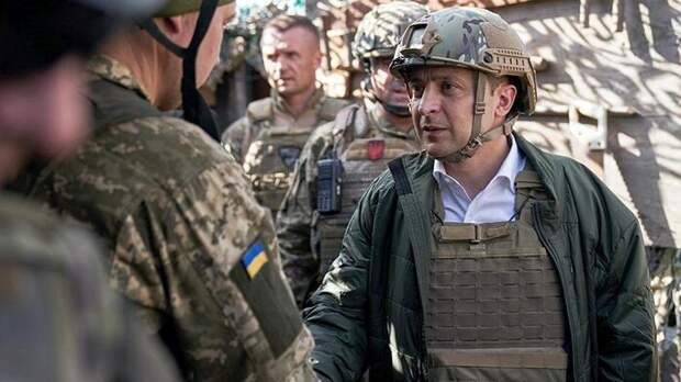 Зеленский начал готовить Украину к войне с Россией
