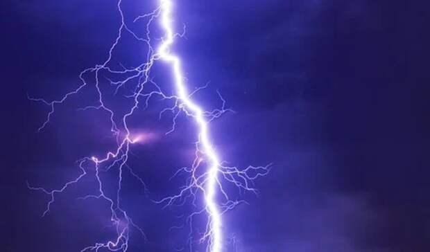 Штормовые ветры, грозы иград прогнозируют синоптики вСвердловской области