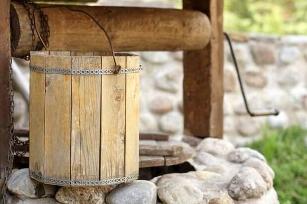 деревянная бадейка