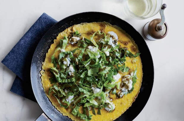 Положили в омлет картошку: делаем сытнее и вкуснее