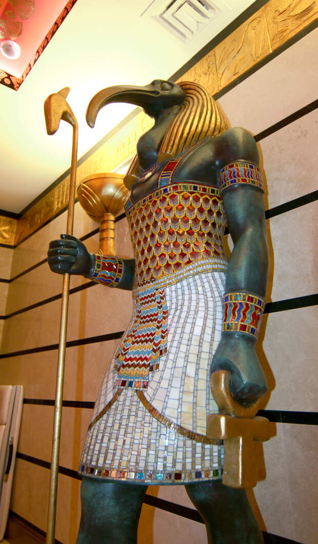 Мозаичная скульптура бог Тот 7