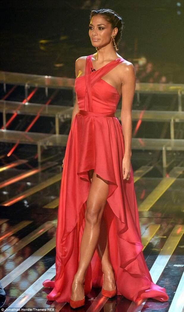Nicole Scherzinger red dress6