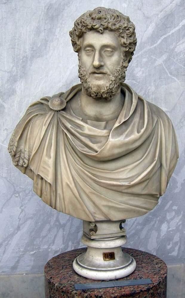 Уничтожение исторической памяти было ещё в Древнем Риме