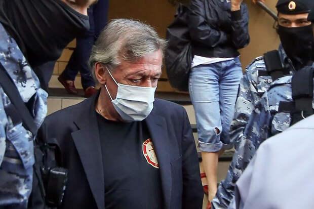 Ефремов признал вину в ДТП