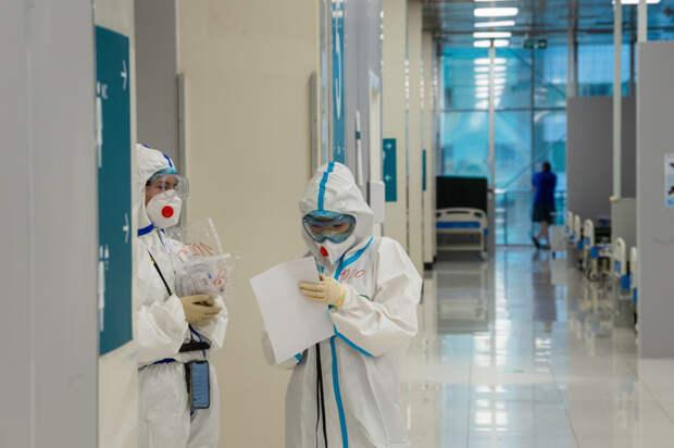 Коэффициент распространения коронавируса в России достиг максимальной отметки с начала июля