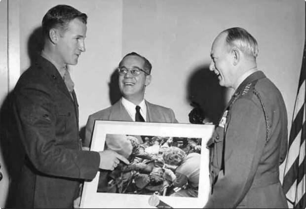 Как сложилась судьба американского сержанта со знаменитого фото