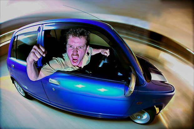 Самооборона в автомобиле: чем обороняться, чтобы не сесть в тюрьму
