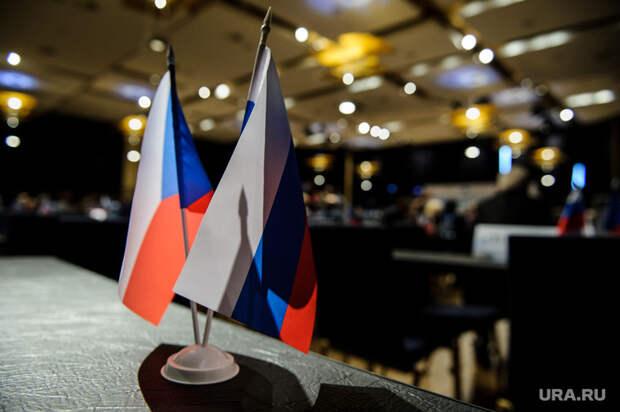 Власти Чехии несчитают взрывы наскладах террором России