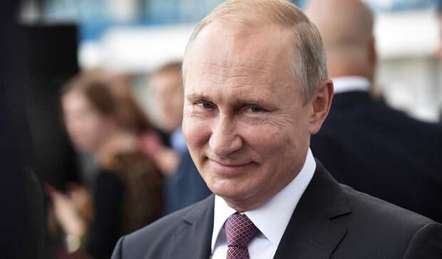 Владимир Путин объявил дни с1 по10мая выходными