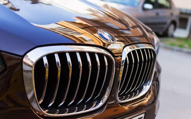В BMW рассказали об отношении клиентов к «зубастым» решеткам