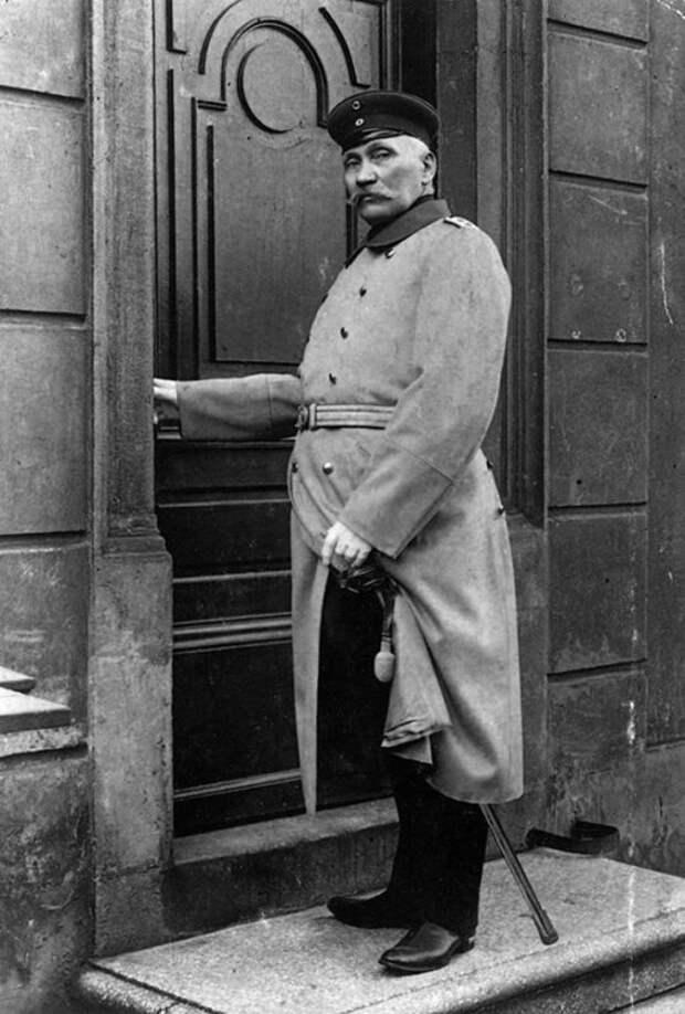 Капитан изКёпеника: как сапожник ограбил ратушу ирассмешил кайзера Вильгельма