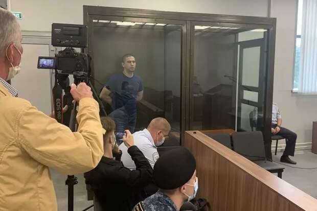 Суд оправдал обвиняемого в тройном убийстве под Тверью Александра Зобенкова: Он защищал жену и дочь