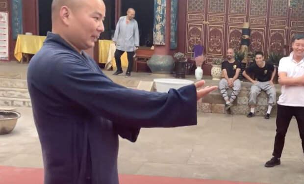 Тренировка в монастыре Шаолинь