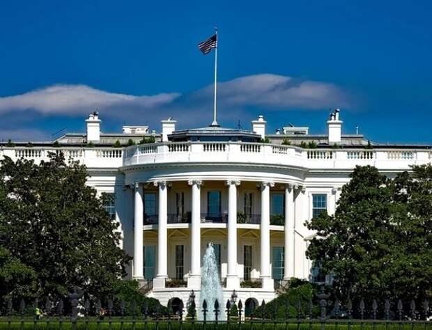США готовятся ввести санкции против госдолга России и выслать дипломатов