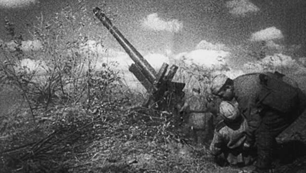 «К годовщине революции». 5 мифов об освобождении Киева