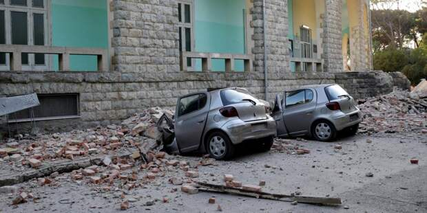В Албании пострадали сотни человек из-за землетрясения