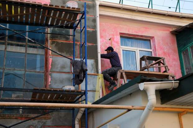 В Севастополе отремонтируют 170 многоэтажек за 2021 год
