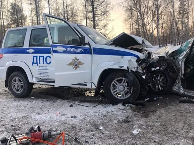 Сотрудники ГИБДД в Челябинской области предотвратили аварию с детской хоккейной командой