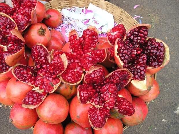 О пользе граната и кому лучше воздержаться от употребления этой полезнейшей ягоды