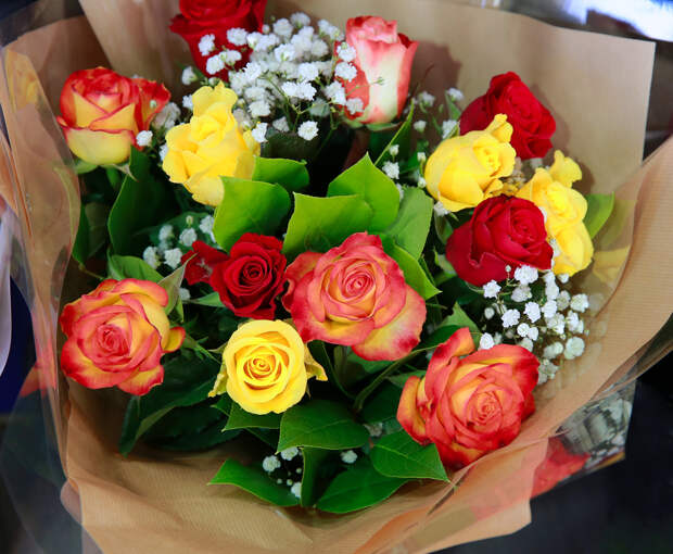 Врачи ответили, опасно лидарить цветы пожилым женщинам
