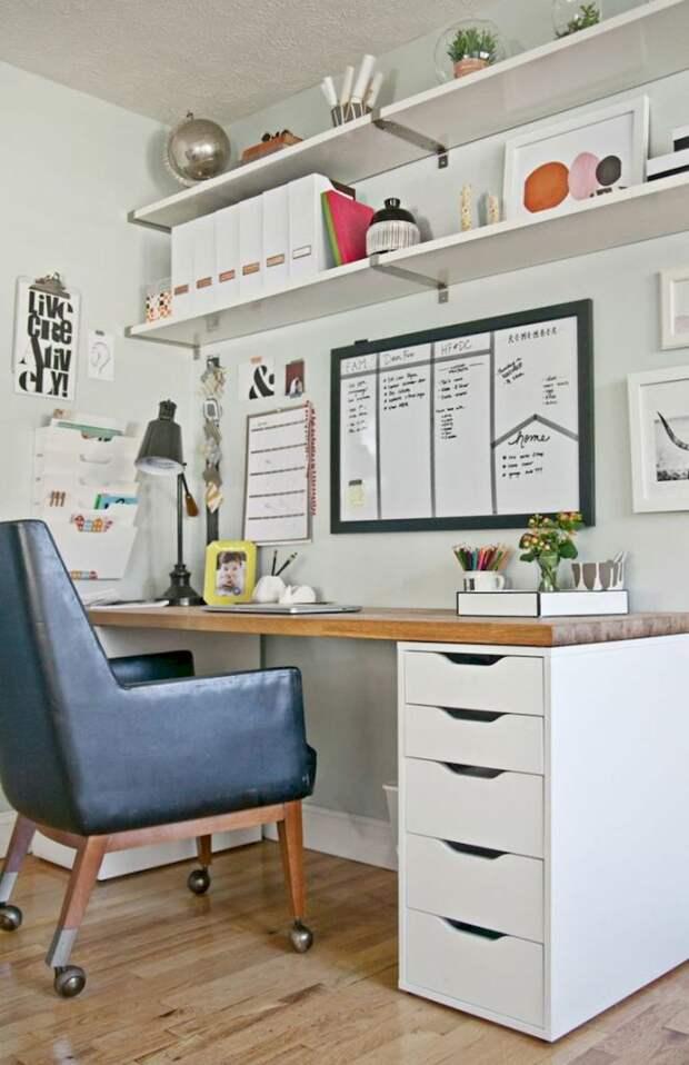 Письменный стол может быть и таким! Компактные идеи с продуманной функциональностью