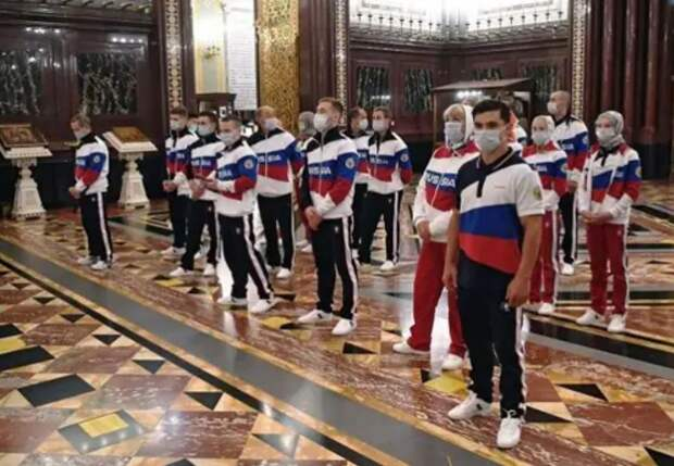 Чиновники заставляют олимпийцев предать семью и Родину
