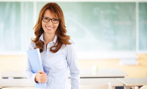 Учительница из ПТУ — лучшая защита от хулиганов и грабителей
