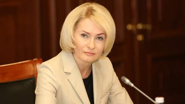 Вице-премьер Абрамченко нанесла официальный визит омскому губернатору Буркову