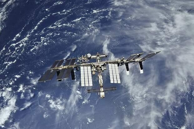 """НАСА может забронировать ещё одно место на российском """"Союзе"""" для полёта астронавта на МКС"""