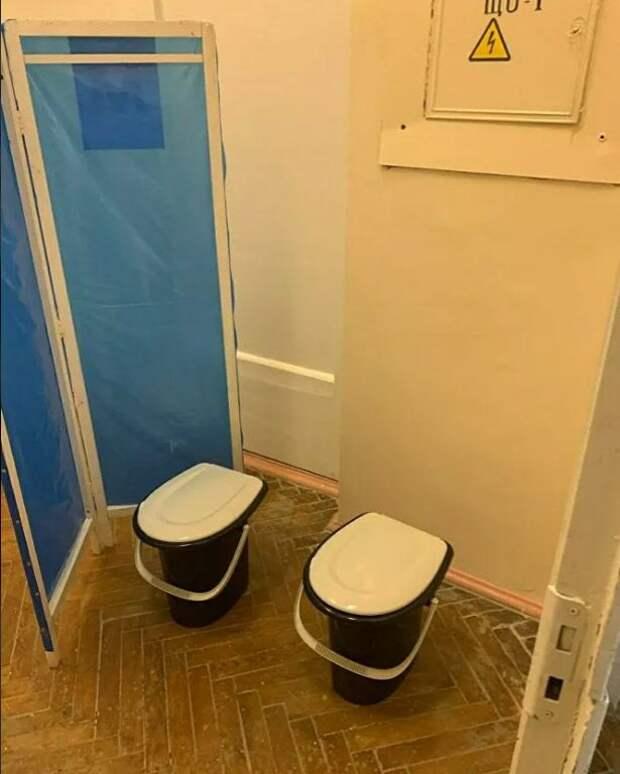 «Не самый лучший вариант»: Главврач пояснила, зачем в курской больнице устроили туалет за ширмой