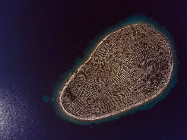 Остров как отпечаток пальца