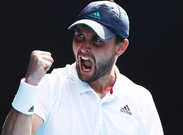 Какие перемены в мировую табель о рангах внес Australian Open: рекорд Медведева, взлет Карацева, отступление Хачанова, статус-кво Александровой