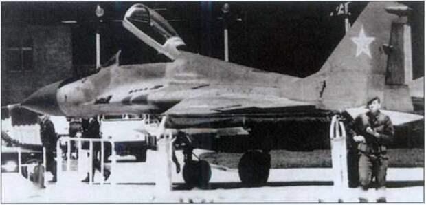 «Был дамским угодником»: почему летчик Зуев сбежал из СССР