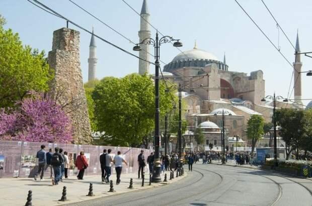 Русские гиды в Турции потеряли 90% заказов из-за закрытия сообщения с РФ